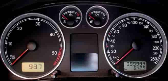 Mennyit ér egy olcsó bérautó 200 ezer kilométerrel?